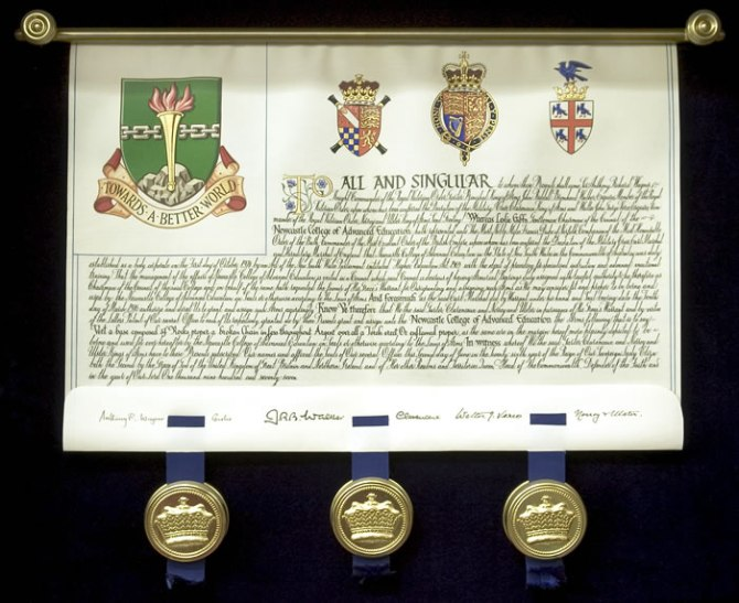 Newcastle College of Advanced Education Grant of Arms