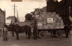 Horse and cart with supplies for the Front