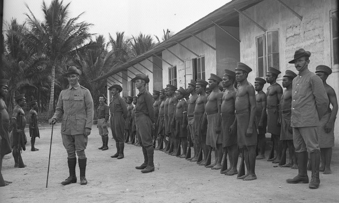 Lineup of soldiers (Thomas James Rodoni Original Glass Negative, digitised by Chris Fussell)