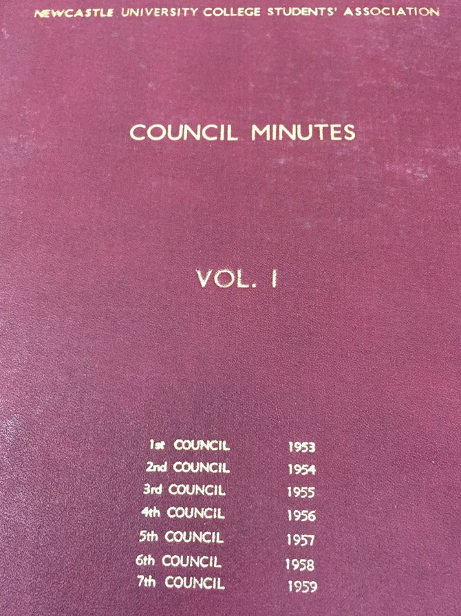 First Volume of Bound Minutes of the Newcastle University College Students' Association. (UON Archives: B10946)